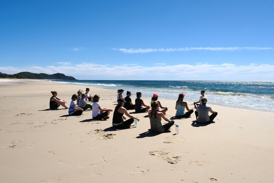byron bay yoga meditation retreat